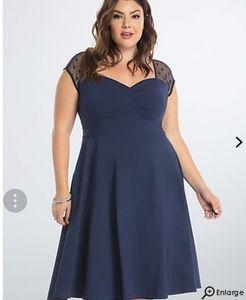 Torrid size 26 blue mesh dot inset lace dress